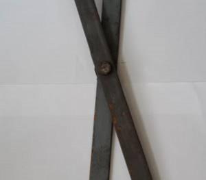 Plat strip folding gate